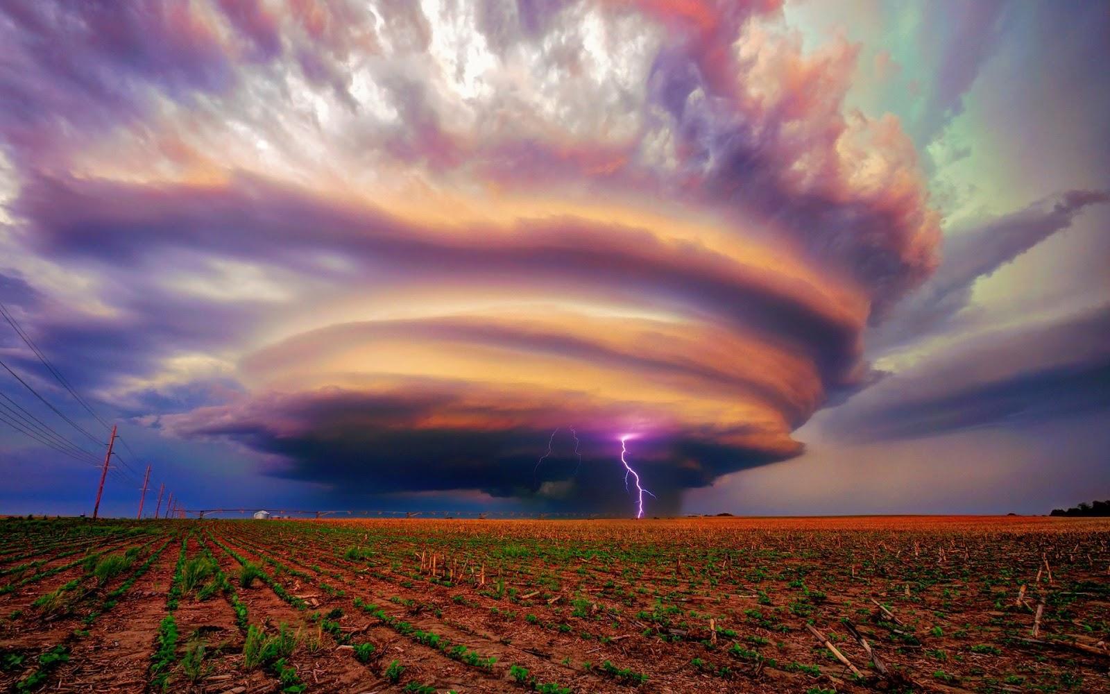 Fenomena-fenomena Alam Yang Menakjubkan
