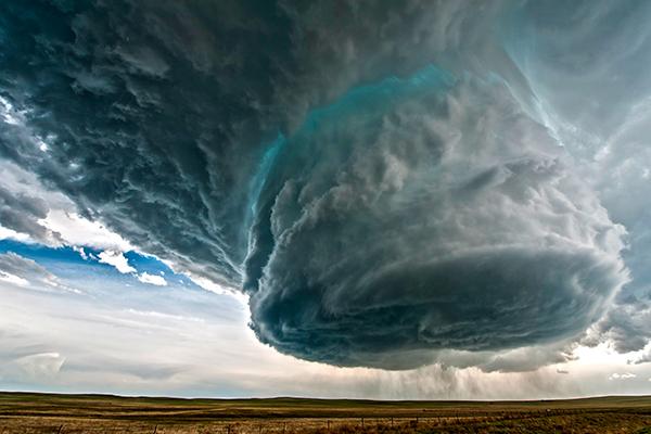 Supercell, Badai Angin Petir Menakjubkan Dan Mengerikan